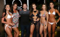 Roger Matter Socio do TAJ com as belas modelos da grife TAJ